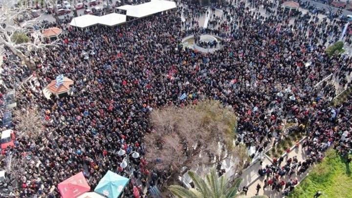 Μεταναστευτικό: Πορεία διαμαρτυρίας στη Χίο